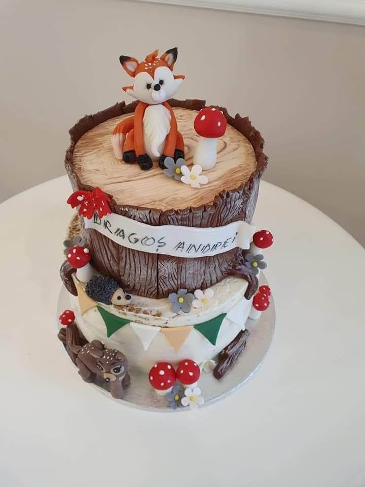 Tort botez model 8